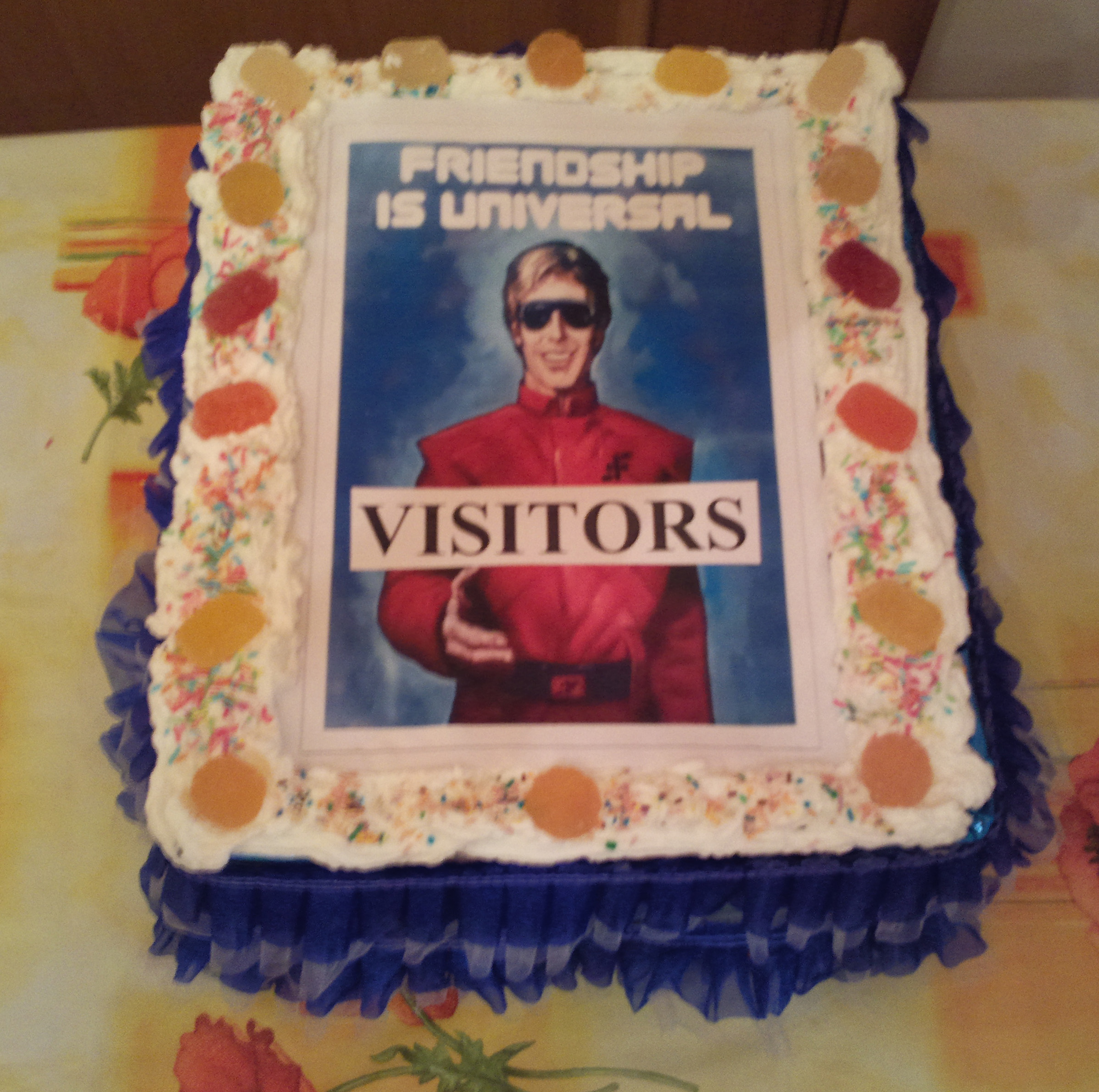 cake_v-visitors-A